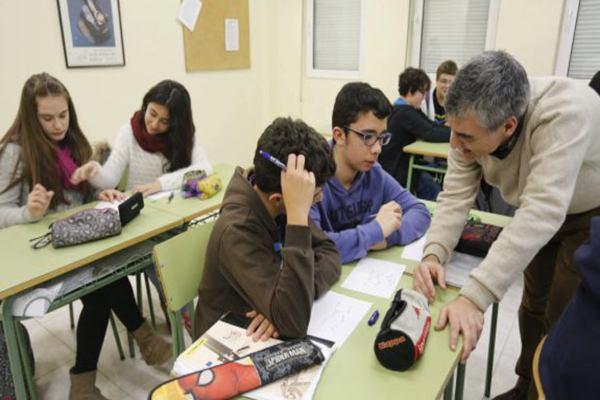 educacion adolescente profesor maestro (1)