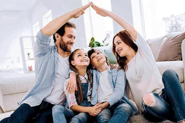 cuarentena familia padres hijos