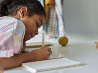 carta a mamá y papá cuarentena escribir niña estudiar
